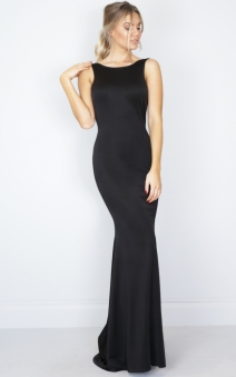 slow_dance_maxi_dress_in_black_tn.jpg