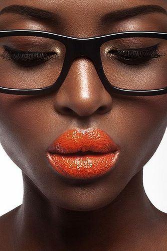 Happy-Lipstick-Day