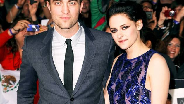 1442325510_132869384_robert-pattinson-kristen-stewart-zoom.jpg